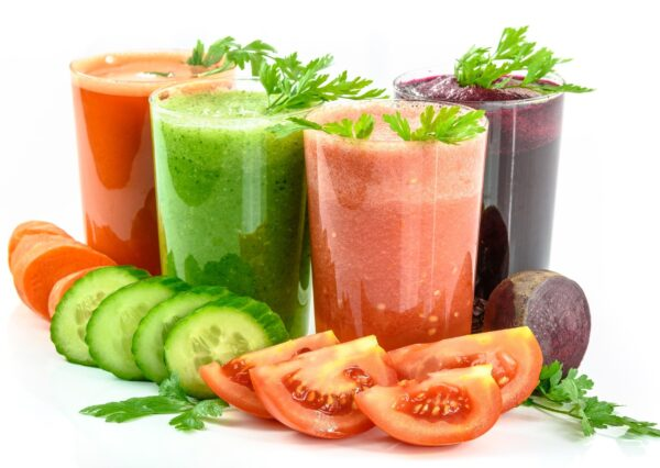 How To Choose Best Blenders For Making Smoothies & Juices